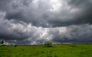 Pic 1. Storm-clouds-over-a-meadow-27800-320x200